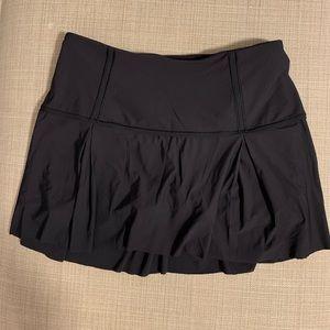 Lululemon lost in pace tennis skirt